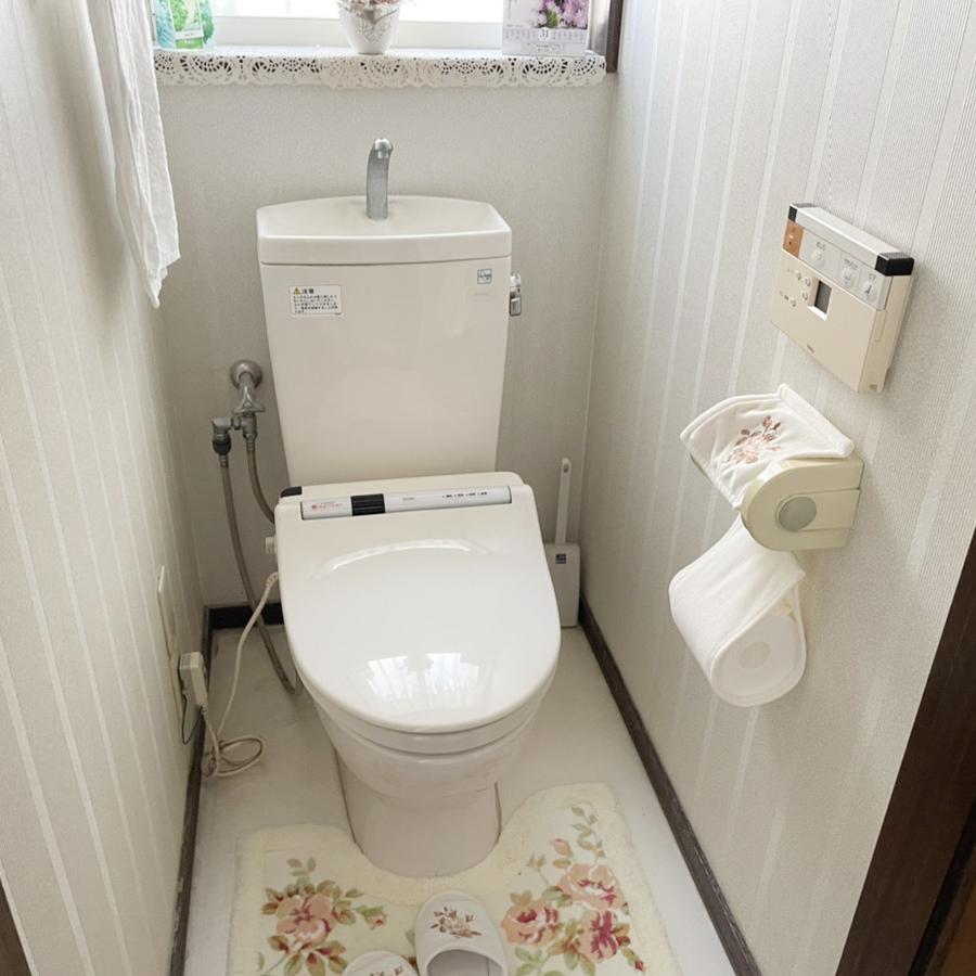長く使われたリフォーム前のトイレ。<br />