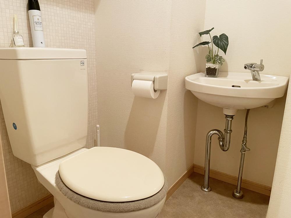 リフォーム前のトイレです。
