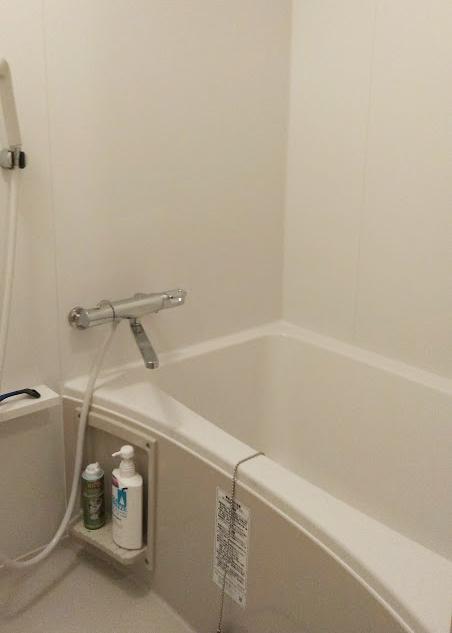 LIXILリノビオフィットを施工させていただきました。<br /> 足元ゆったり入浴できる業界最長の新浴槽です。