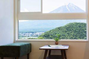 景色を楽しむ窓