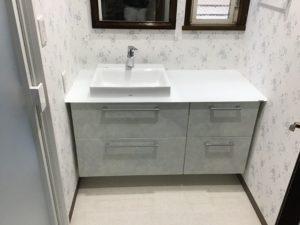 オーダーメイドの洗面化粧台